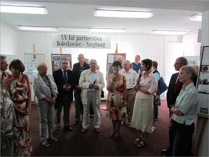 """Przeglądasz zdjęcia z artykułu: XX lat partnerstwa Bolesławiec –Siegburg – Galeria """"Format"""" – 24.08. – 30.09.2012"""
