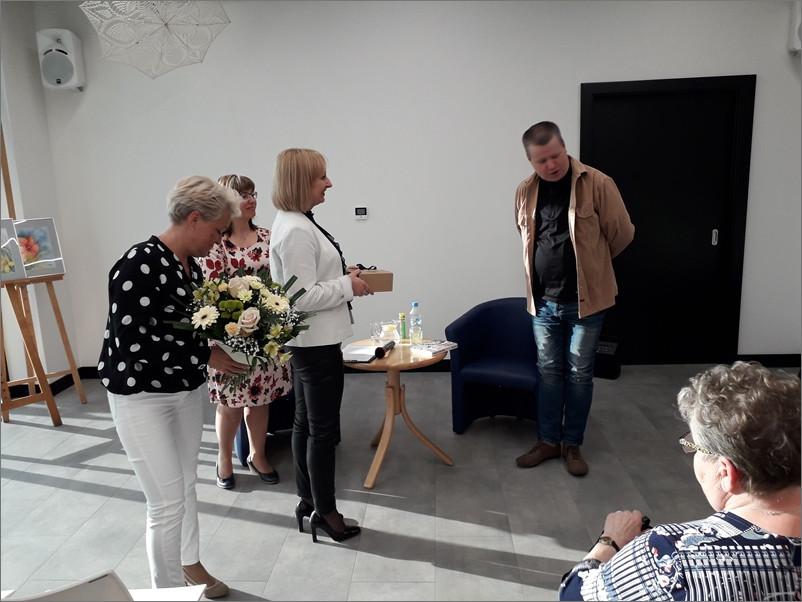Przeglądasz zdjęcia z artykułu: JACEK GETNER – SPOTKANIE AUTORSKIE – 7.05.2019,  godz. 17:00