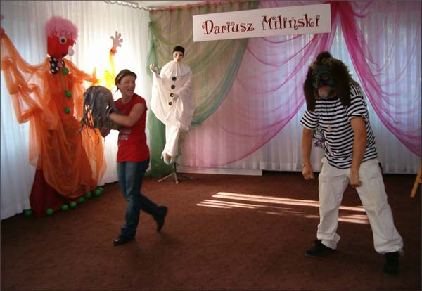 Przeglądasz zdjęcia z artykułu: Dariusz Miliński: Malarz Śląskich Legend – warsztaty teatralne – 23.09.2009